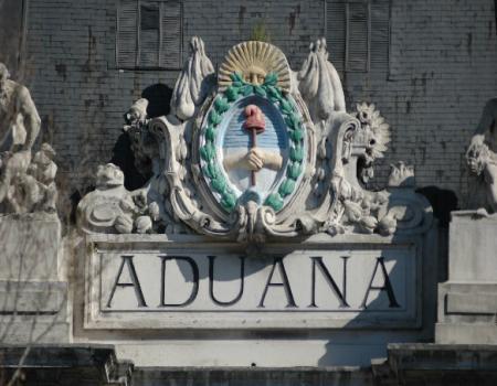 Nuevo horario en Aduana