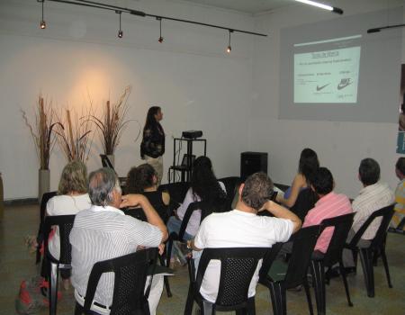 Clarke, Modet & Co capacit� a empresas entrerrianas