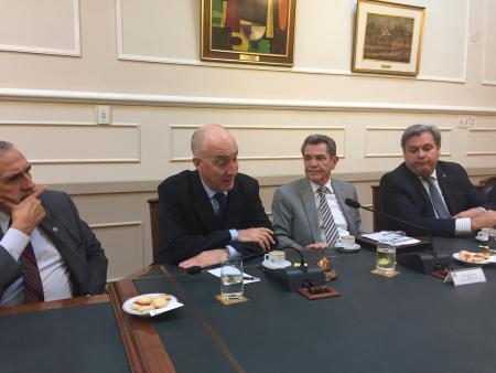 Reuni�n con el Embajador de Reino Unido, Mark Kent