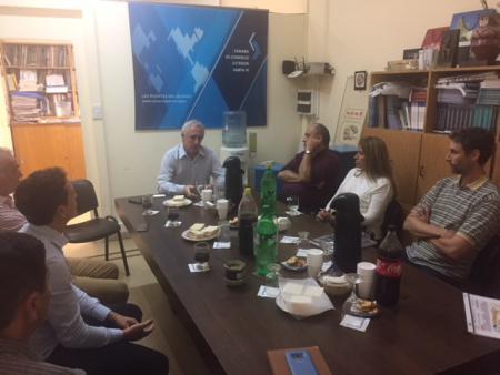 Reuni�n con el CPN Cristian Cunha, Director Regional de SENASA