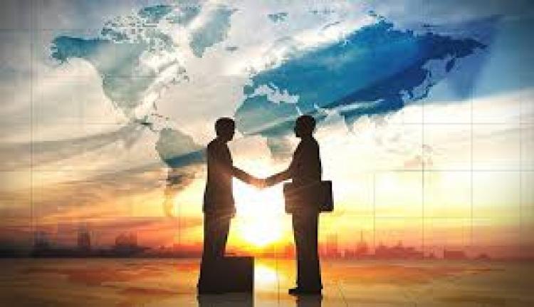 Para tener Éxito, los Negociadores deben ser blandos como la Gente y duros como el Problema