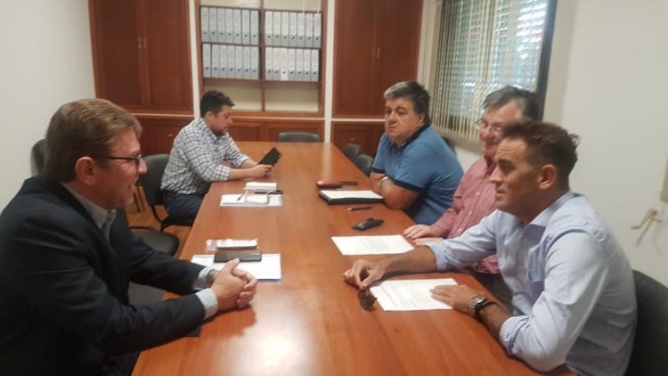 Reuni�n con el Senador Rodrigo Borla
