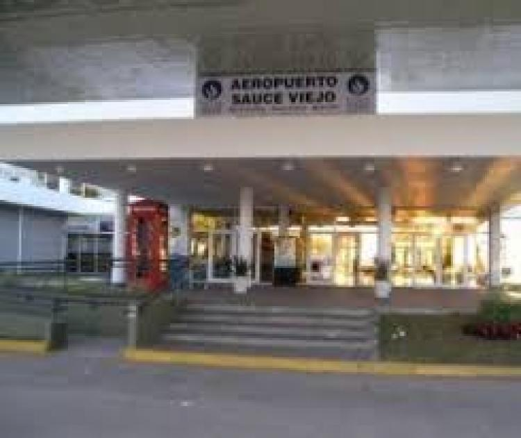 El aeropuerto de Santa Fe volverá a operar cargas internacionales luego de 15 años de estar al margen del comercio exterior